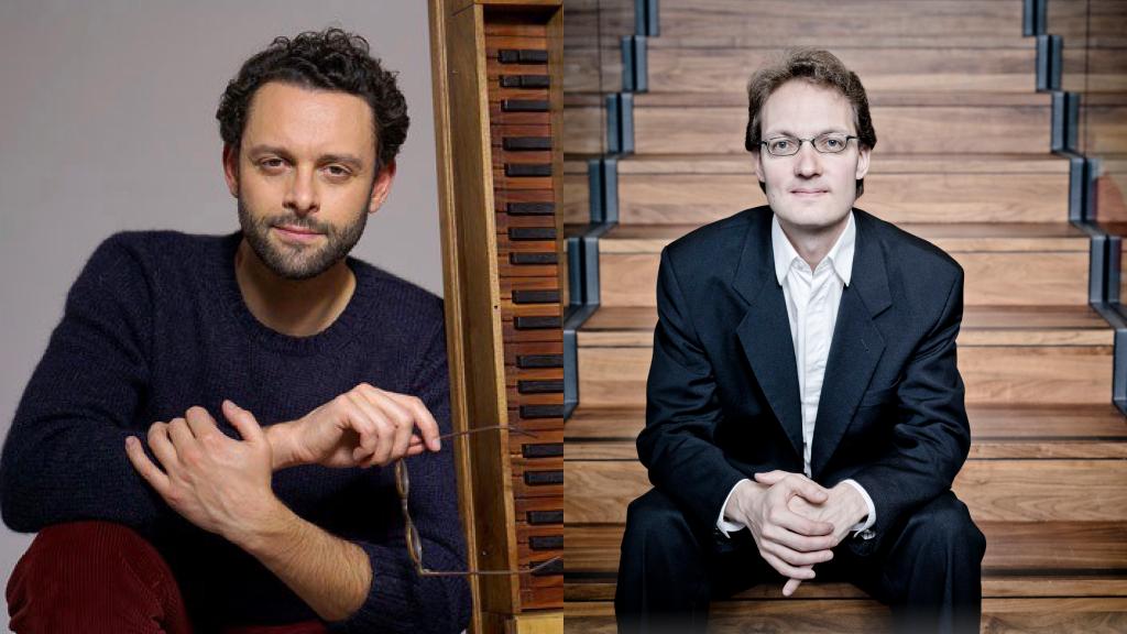 Kahden kuvan kollaasi: Benjamin Alard istuu cembalon vieressä kädessään silmälasit. Aapo Häkkinen istuu portailla.